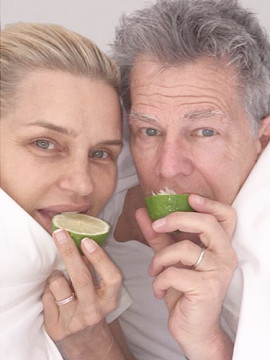 Yolanda Foster and her husband David Foster doing the #Lymechallenge. (Courtesy people.com)